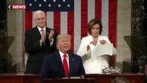 Donald Trump refuse de serrer la main de Nancy Pelosi, elle déchire son discours