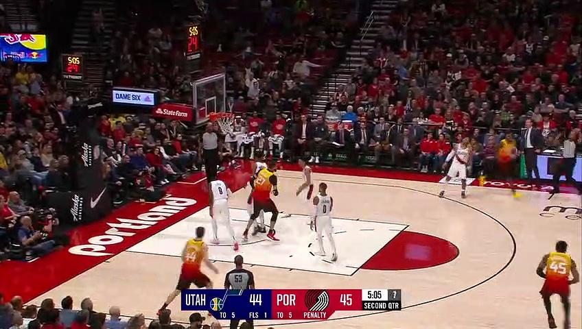 Utah Jazz 107  - 124 Portland Trail Blazers