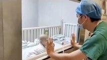 Çin'de Coronavirüs bulaşmış bir bebek, doktordan kendisini kucağına almasını istiyor. Dünyanın en acı 15 saniyesi yaşanıyor