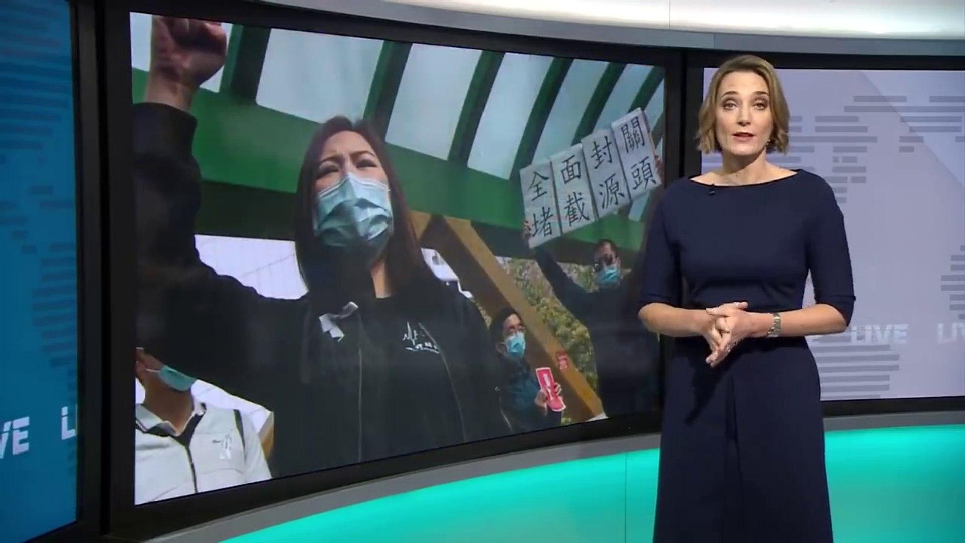 Coronavirus- China shares in biggest fall in four years - BBC News