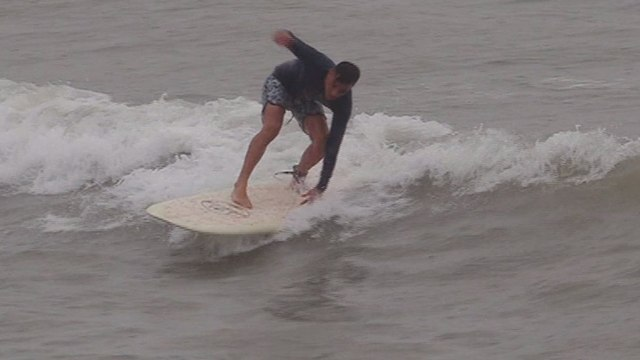 MasterChef: Αυτός ο surfer-σεφ μας τρέλανε και θέλουμε να τον δούμε στο ριάλιτι-Προσευχήσου μαζί μας