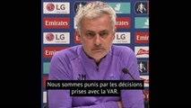 """Mourinho : """"Quand je joue à la PlayStation, je ne fais pas d'erreur"""""""