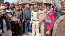 शाहजहांपुर: रोजा मंडी में सब्जी और फल व्यापारियों ने किया हंगामा