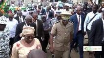 Visite du Préfet d'Abidjan, Vincent Toh Bi à Yopougon au lendemain de l'assassinat d'un gendarme par des ''gnambros''