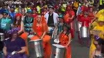 Des milliers de personnes défilent pour le Carnaval de Notting Hill