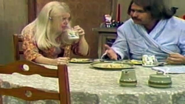 All In The Family Season 4 Episode 15 Edith's Christmas Story