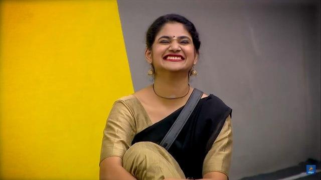 Bigg Boss 3 Tamil : Promo 2 : Day 66 : தமிழ் தெரியாமல் தவித்த Sherin- வீடியோ
