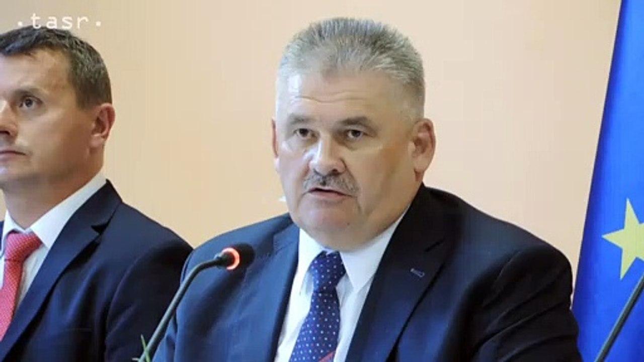 VLÁDA: V okrese Lučenec ubudla viac ako polovica nezamestnaných