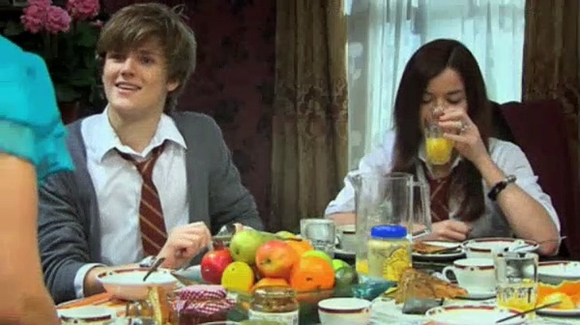 House Of Anubis Season 1 Episode 28,29 - House Of Reunion & House Of Memories