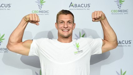 How Rob Gronkowski saved 100% of his NFL Earnings