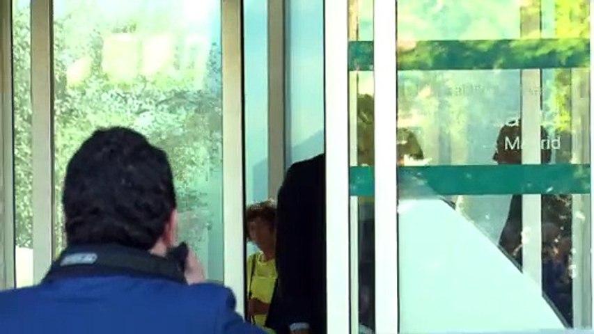 Pedro Sánchez y su mujer visitan a Don Juan Carlos