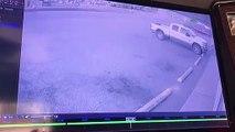 Un cambrioleur se fait voler sa propre voiture pendant son cambriolage... Bad Karma