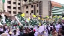 """- Pakistan Başbakanından Hindistan hükümetine """"Nazi"""" benzetmesi- Milyonlarca Pakistanlı, Keşmir'e..."""