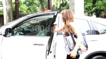 Coolie No 1 actors Sara Ali Khan and Varun Dhawan Spotted at Out of Dance Class