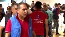 Sezonun ilk avından dönen balıkçıları, İstanbul Valisi Ali Yerlikaya karşıladı
