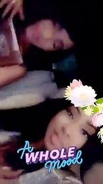 Zeyna Ndour s'éclate en voiture avec sa mère
