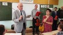 Dans une classe, le maire de Metz, fait son discours-bilan de rentrée