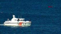 Çanakkale bozcaada'da yarısı batık gemi, oturduğu karada duruyor-2