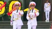 Les gardiens de l'Oncle Ho: le corps embaumé d'Ho Chi Minh sous haute protection