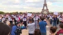 Au Trocadéro, un hommage de 100 femmes aux victimes de féminicides