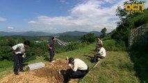 누군가 파헤쳐 놓은 김갑수 아내의 무덤