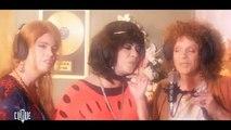 Le nouveau rendez-vous d'Alex Lutz sur Canal Plus chaque soir chez Mouloud Achour avec des parodies de clip