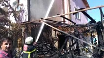 Suluova'da depo yangını