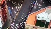 une  plantation de marijuanas sur le toit d'un immeuble a été débusquée par un hélicoptère d'une télévision suivant la Vuelta 19.