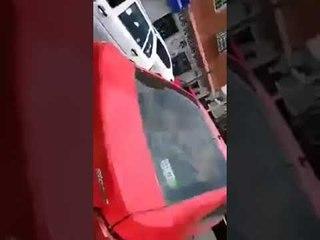 Joven atropella a repartidor y mujer de la tercera edad en Circuito Aztecas