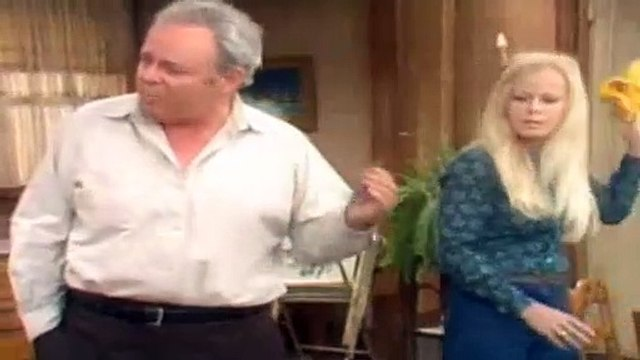 All In The Family Season 5 Episode 23 No Smoking