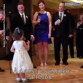 Cette petite fille fait un discours au mariage de son oncle