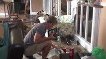 Familias regresan a sus casas tras la devastación de Dorian en Bahamas