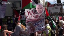 Israeli PM Netanyahu's convoy arrives at Downing Street amid noisy protests