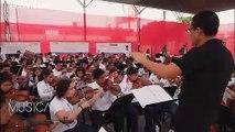 El poder de la música: Juan Diego Flórez trae esperanza a los niños desfavorecidos de Perú