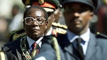 """Robert Mugabe, du héros de l'indépendance au """"vieux lion"""" chassé du pouvoir"""