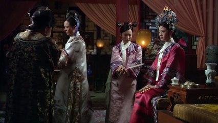 华妃对温宜公主下毒嫁祸给甄嬛,没想到事情败露只好找别人顶罪了。