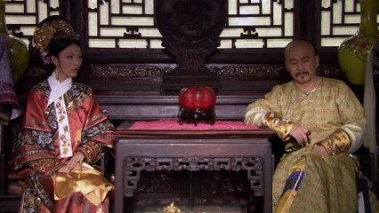 华妃诬陷甄嬛害温宜公主,还好端妃及时相救。