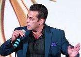 Salman Khan makes fun of Mumbai heavy rain during IIFA event | FilmiBeat