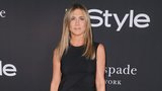 Jennifer Aniston's InStyle Cover Faces Criticism For Darkened Skin Tone | THR News