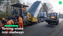 Convertir desechos en carreteras