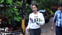 Malaika Arora Spotted After Yoga Session at Diva Yoga Bandra | Watch Video