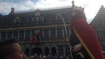 Clovis, le nouveau géant de Tournai danse pour la première fois
