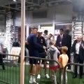 Quand Nemanja Matic attend Cristiano Ronaldo à la sortie des vestiaires pour lui demander une photo