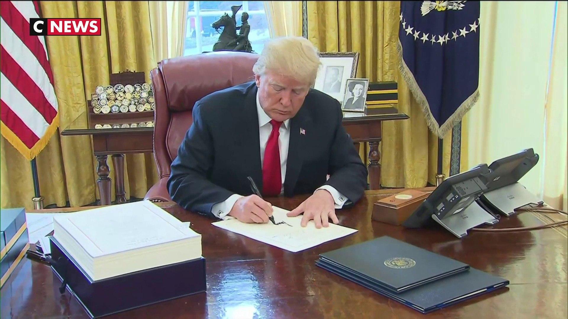 Afghanistan : Donald Trump met finaux négociations avec les talibans