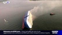 L'image incroyable d'un cargo de 200 mètres couché sur son flanc au large de la Géorgie