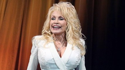 12 Priceless Dolly Parton Moments