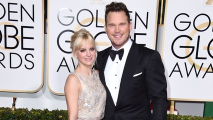 16 of the Most Adorable Couple Moments At the Golden Globe Awards Through the Years