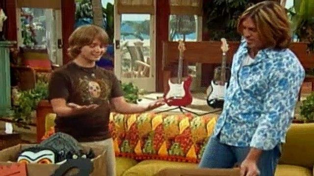 Hannah Montana Season 1 Episode 17 - Torn Between Two Hannahs