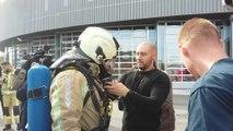Le boxeur Ryad Merhy chez les pompiers de Charleroi
