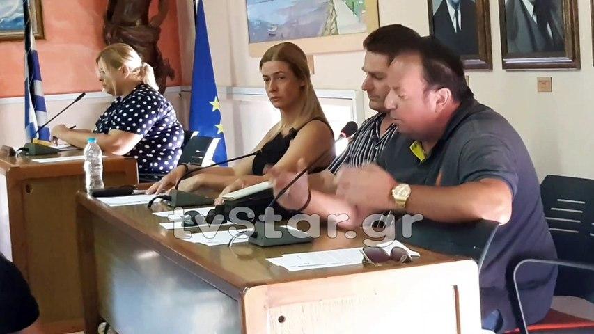 Τοποθετήσεις πολιτών στο Δημοτικό Συμβούλιο Στυλίδας για τους πρόσφυγες